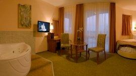 Aphrodite Hotel - Körágyas szoba